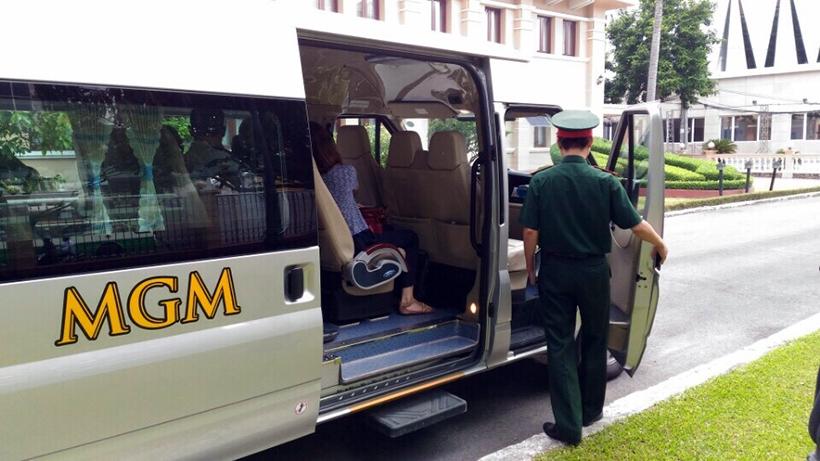 Xe MGM đưa đón Phái đoàn Tổng thống Pháp sang thăm Việt Nam vào tháng 9/2016